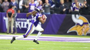 Minnesota Vikings wide receiver Cordarrelle Patterson returns a kickoff 104-yards for a touchdown during the second half of an NFL football game against the Arizona Cardinals Sunday, Nov. 20, 2016, in Minneapolis. (AP Photo/Andy Clayton-King)